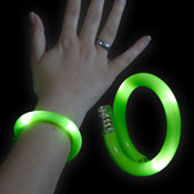 LED WRAPPED BRACELET GREEN